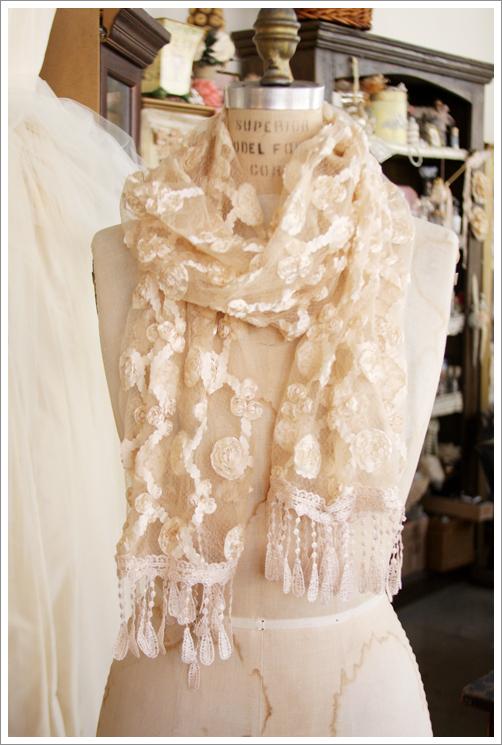 RibbonRoseScarf
